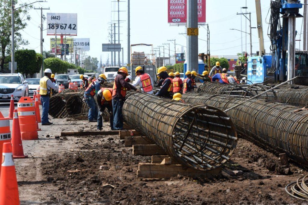 Ofrecen Vías Alternas por Construcción de Distribuidor Vial