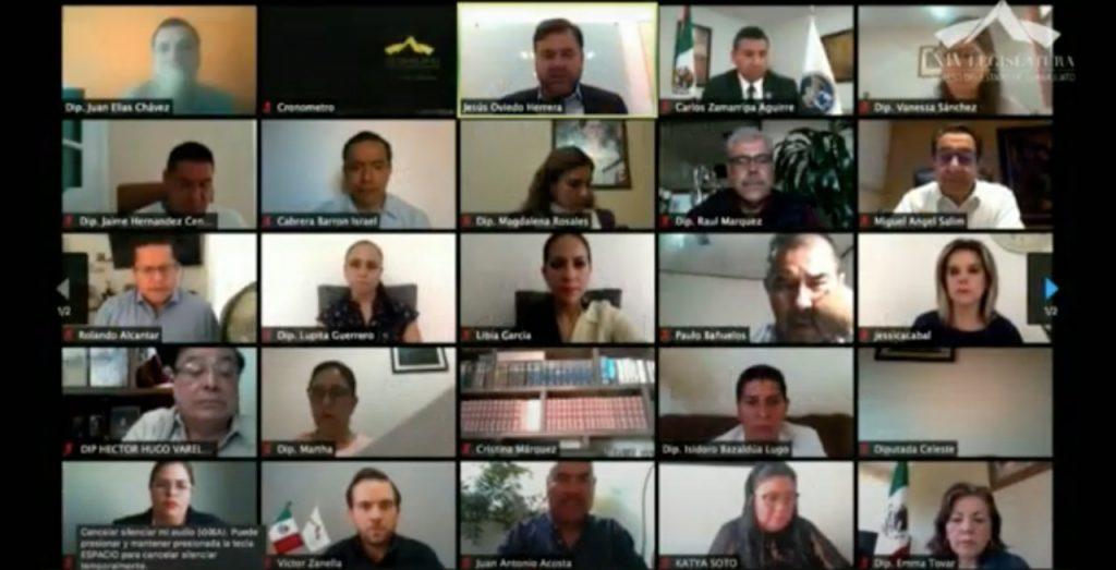 Dialogan legisladores con el Fiscal General del Estado sobre su primer informe