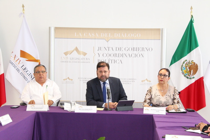 Aprueban convocatoria a Condecoración Miguel Hidalgo y Premios Estatales