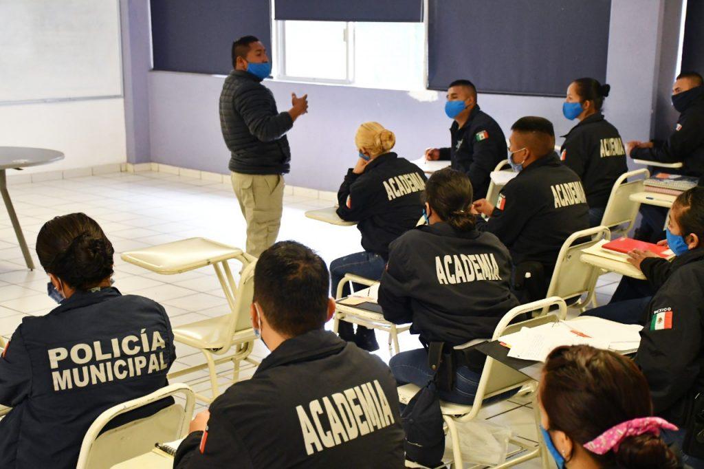 CONTINÚA FORMACIÓN DE NUEVOS POLICÍAS