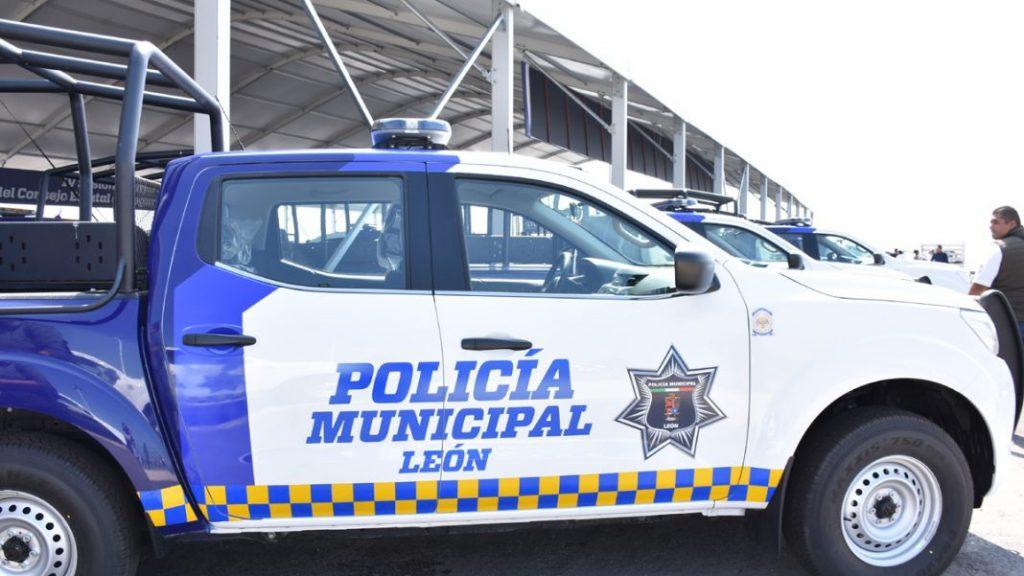 DETIENEN A 5 POLICÍAS DE LEÓN