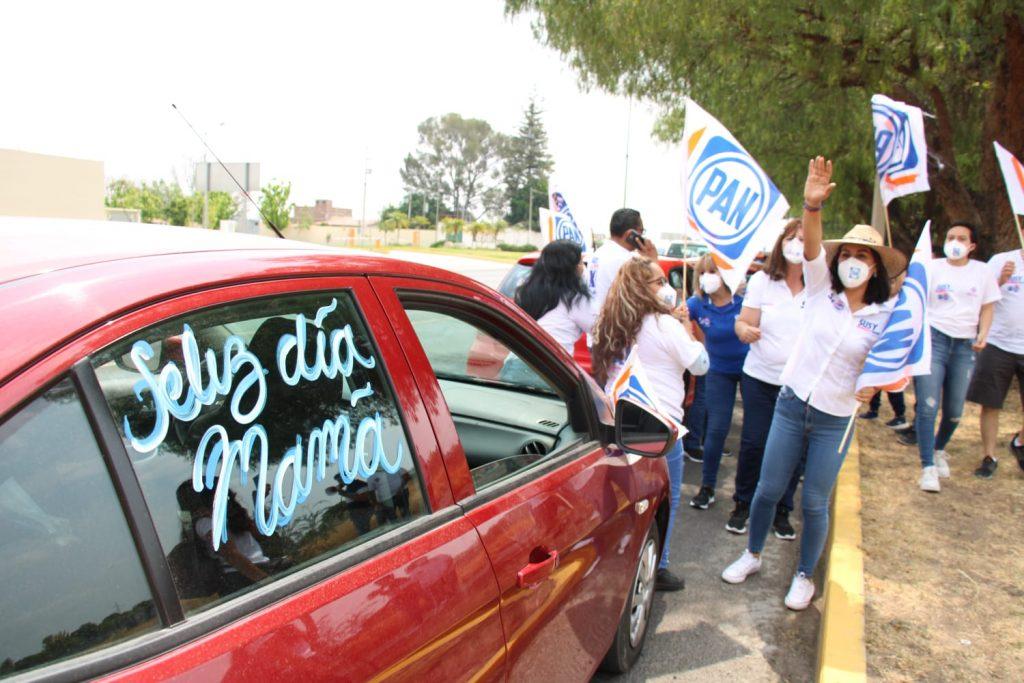 SUSY BERMÚDEZ: MI PRIORIDAD ES EL DESARROLLO PROFESIONAL Y LABORAL DE LAS MADRES DE FAMILIA DE IRAPUATO