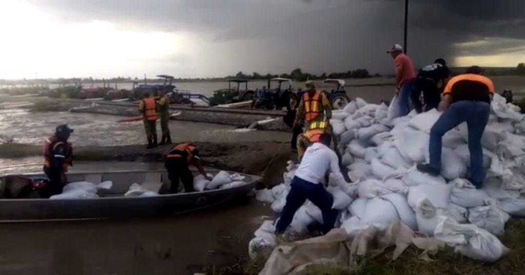 Reparan la fractura en el Arroyo Seco en Abasolo