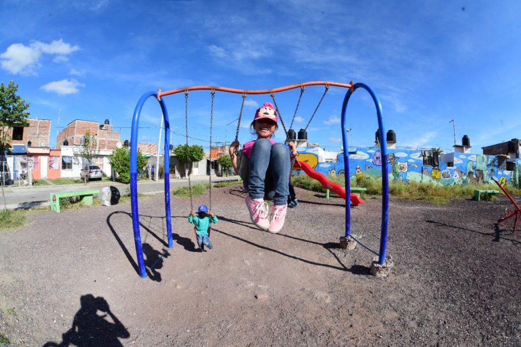 Inician Rehabilitación y Limpieza de Parques Vecinales